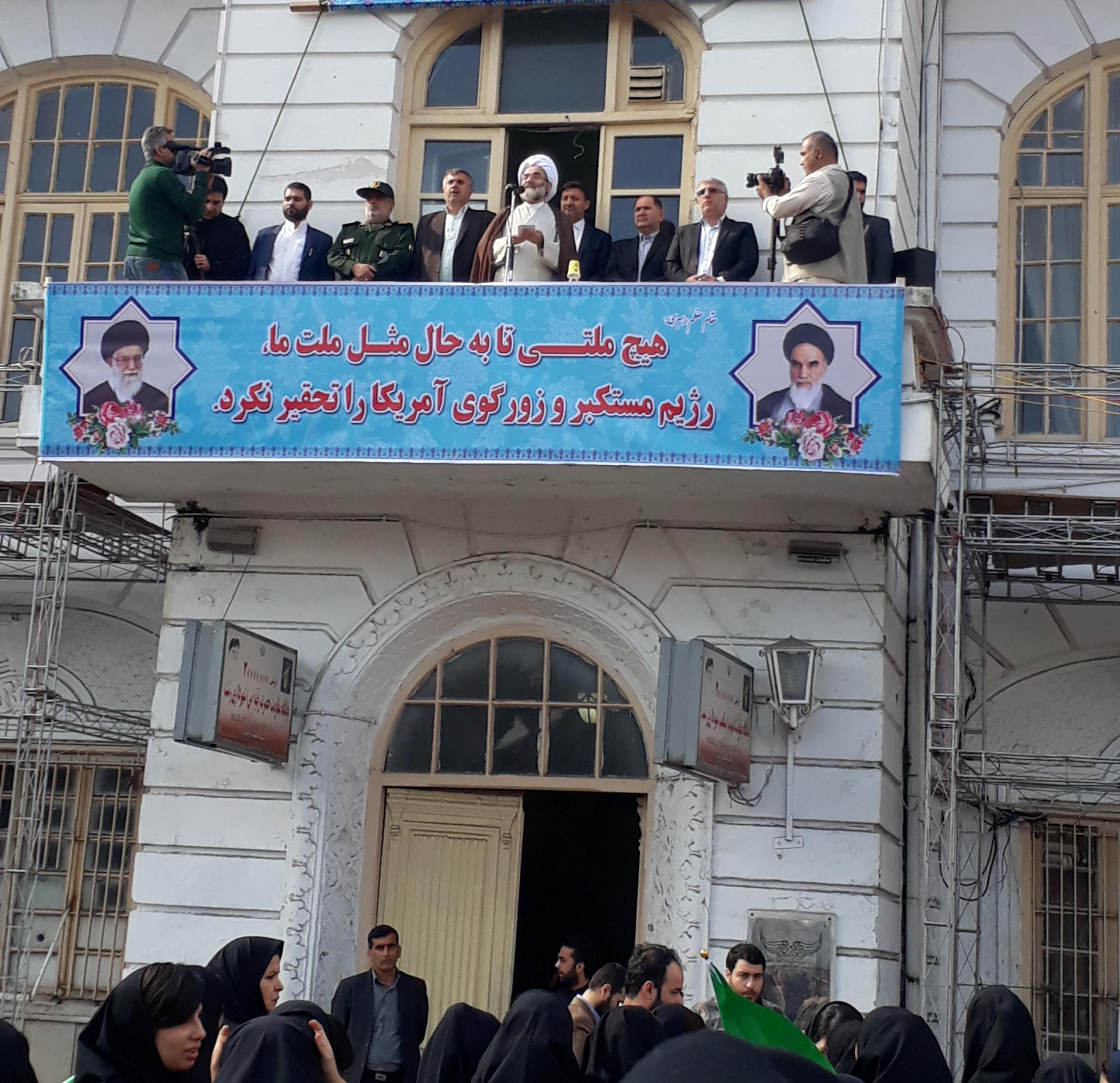 نماینده ولی فقیه در گیلان: آمریکا در برابر قدرت ایران و نسل جوان امروز به زانو در آمده است