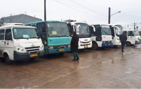 آمادگی کامل خودروهای حمل و نقل عمومی سازمان حمل نقل بار و مسافر شهرداری رشت در صورت بارش برف احتمالی