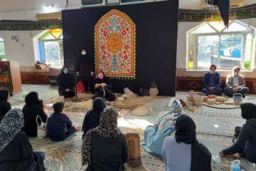 گامی دیگر در راستای توانمندسازی جوامع محلی:  دوره های آموزشی صنایع دستی در منطقه آزاد انزلی برگزار شد