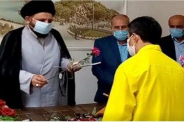 آزادی ۱۲ زندانی از زندان لاهیجان با حضور مدیر کل زندانهای استان گیلان و امام جمعه این شهرستان