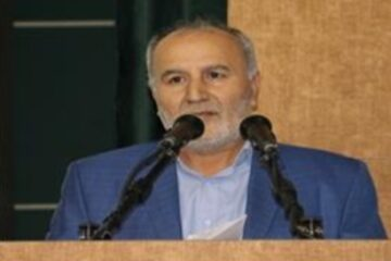 با کمک محسن چاووشی و جمعی از خیران ۱۲ نفر از زندانیان در زندان ضیابر به آغوش گرم خانواده بازگشتند
