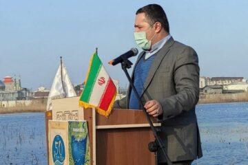 شهردار لنگرود در همایش روز جهانی تالاب ها گفت: احیا و حفظ تالاب هااز اهمیت بسیار زیادی برخوردار است