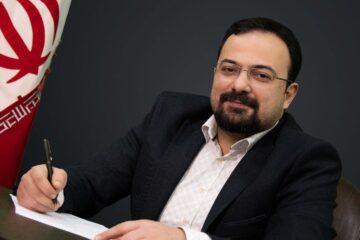 محمد آرتا مهر بی اعتمادی رشتوندان نتیجه ی تصمیمات قهوه خانه ای